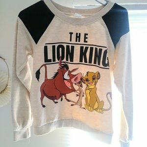 Cute creme and black lion king sweater size small